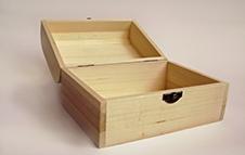 贵重产品木箱卡板防震包装介绍